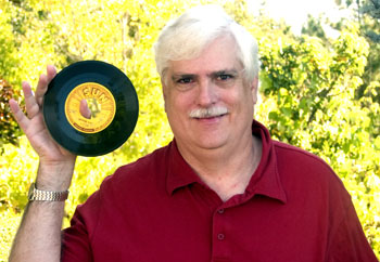 John Tefteller wins the worl'ds rarest Sun label 45 for $10,000 and it's still a STEAL at that price!